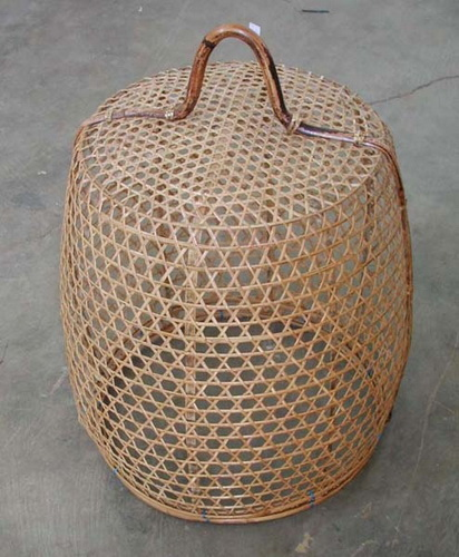 Bambu chicken basket. Handicraft from Bali