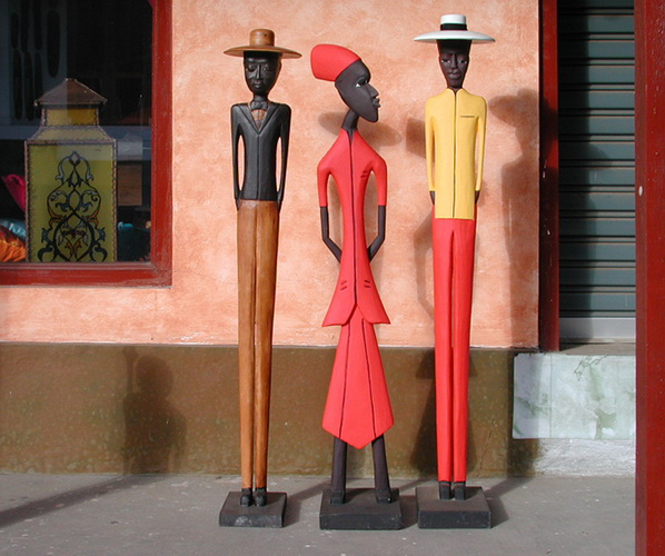 Handicraft from Bali, Wooden stylishly carved african statues colored