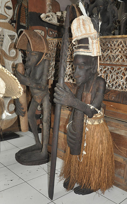 ORIGINAL STATUE PAPUA NEW GUINEA-MAN-STANDING-WEAR TRADITIONAL FIBER SUIT WITH SPEAR AND MUSIC BAMBU INSTRUMENT and traditional skin tree hat