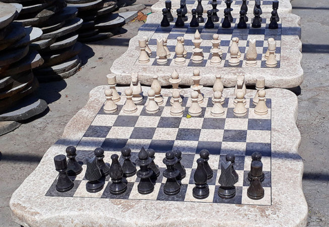 Big Stone chess set game