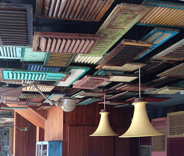 Ceiling composed of old java teak shutters