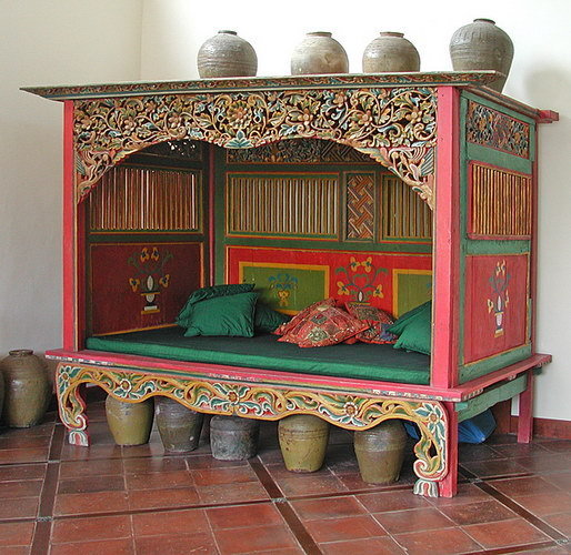 old carved Madura canopy bed antique style bayu trading international