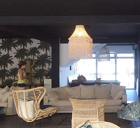 relaxe exotic lounge and dining area Bali style