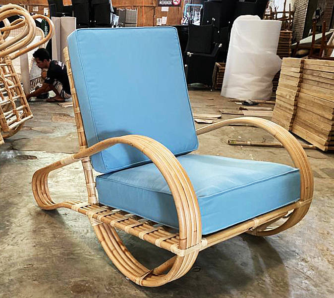 Bamboo arm chair with sumbrella in ergonomic look