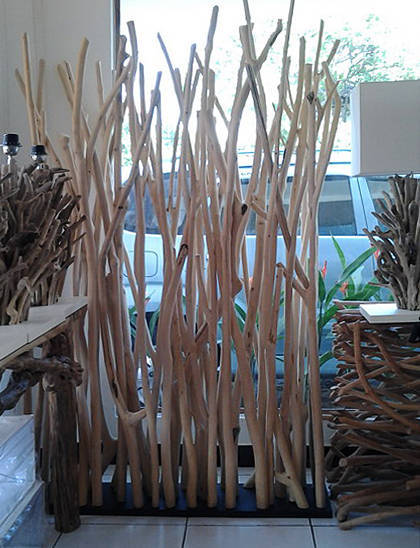 wood dividers vine look