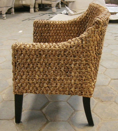 armchair in mahony and water lily fiber