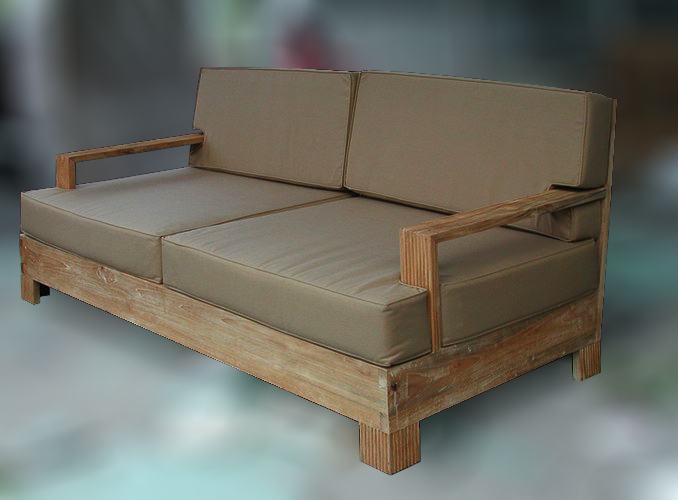 outdoor lounge couch