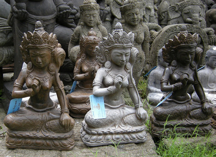 Casting stone divinity figures by Bayutrading