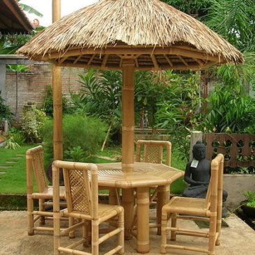 Octogonal Bamboo set dining table roof bamboo and alang alang with bamboo chairs