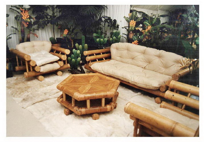 Big Bamboo set sofa armchair and hexagonable coffee table with synthetic leather Mattress and pillow from Bali