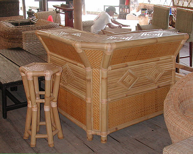stool and bar in bamboo and rattan decorating with pattern from Bali Bayutrading
