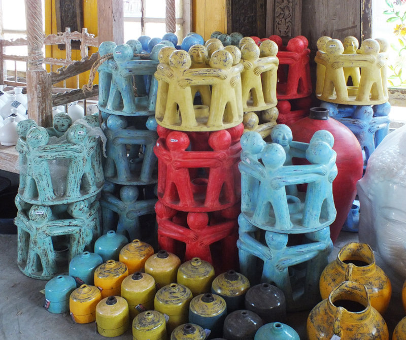 Pots in different colors from Bali Indonesia Bayutrading