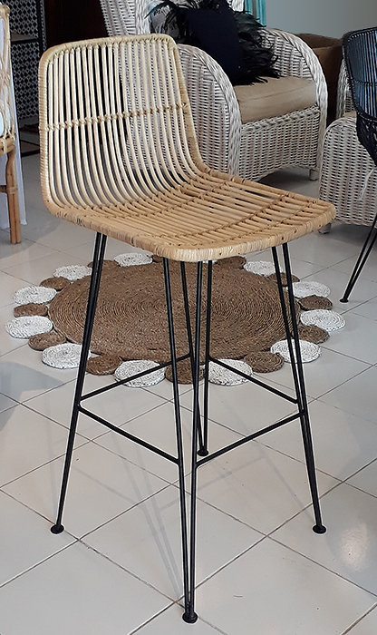 Rattan Woven with Iron Grame bar stool handmade furniture from Bali